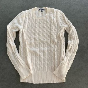 Gap super soft cable knit sweater